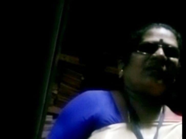 பதிவு ஆவணத்தை திரும்பித்தர லஞ்சம் கேட்கும் சார்பதிவாளார்!