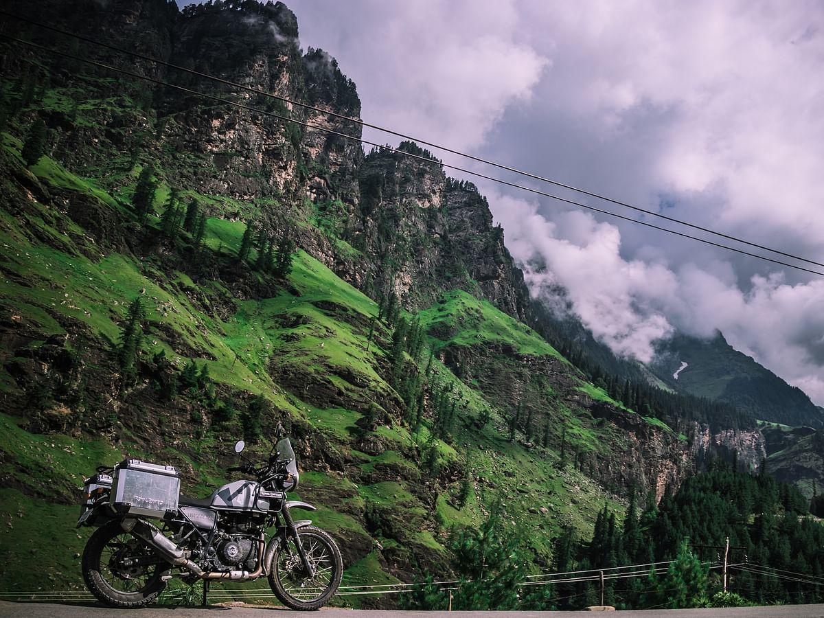 8000 பேர் வாழும் ஊரில் 10 லட்சம் பயணிகள்...365 கி.மீ வரை பெட்ரோல் பங்க் கிடையாது! #HimalayanOdyssey பாகம் 3