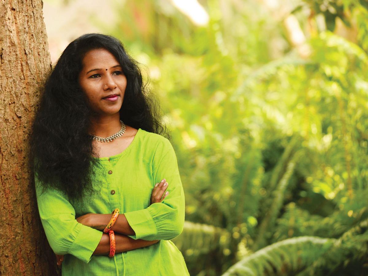 கவிஞர் மனுஷி