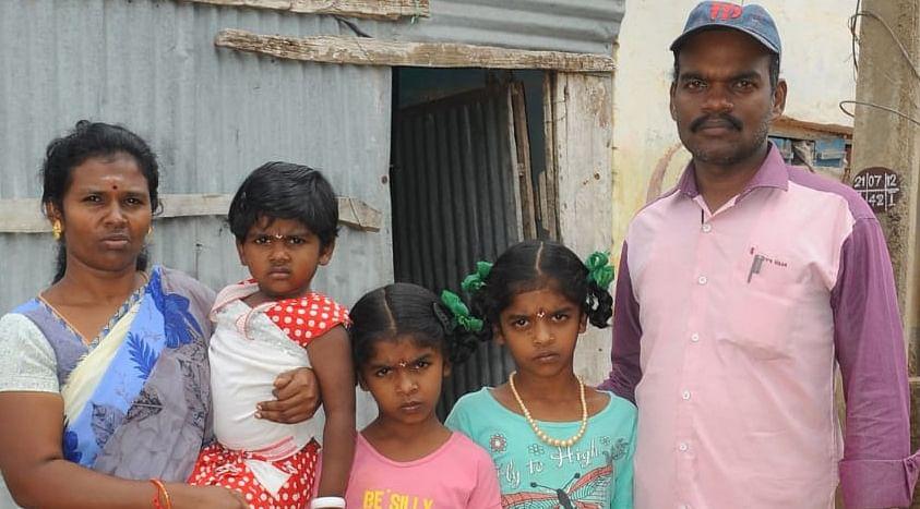 கணவர் மற்றும் குழந்தைகளுடன் ஜெயமணி