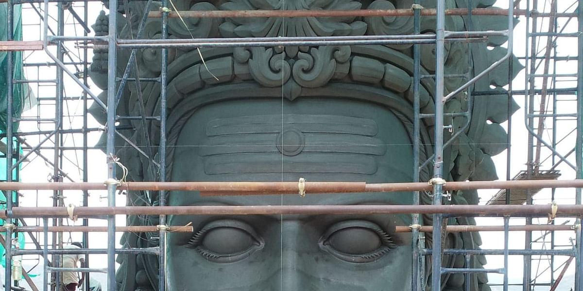முருகன் சிலை