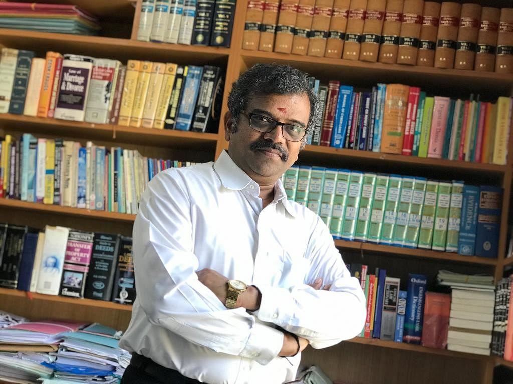 வழக்கறிஞர் அழகுராமன்