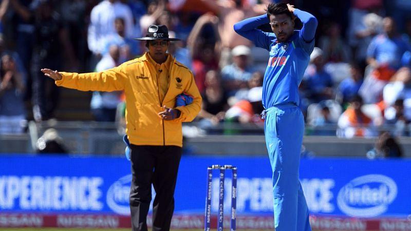 Umpire Kumar Dharmasena signals No-ball during a match