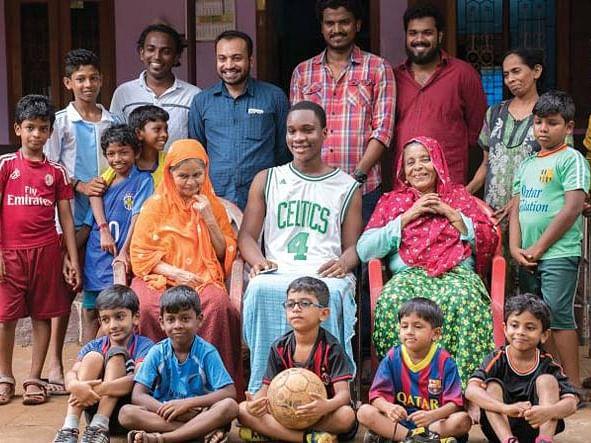 கடவுளின் தேசம் தந்த கால்பந்துக் கவிதை... சூடானி ஃப்ரம் நைஜீரியா!