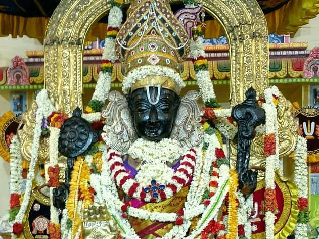 பச்சைப்பட்டில் அத்திரவரதர்... 1 கோடியை நெருங்கும் பக்தர்களின் எண்ணிக்கை!