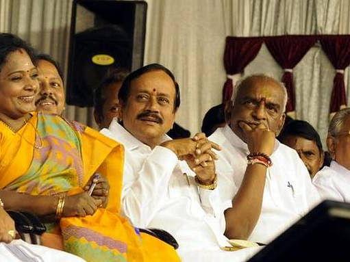 `பொங்கலுக்குள் புதுத் தலைவர்..!'- டெல்லி சிக்னலால் கதிகலங்கும் கமலாலயம்