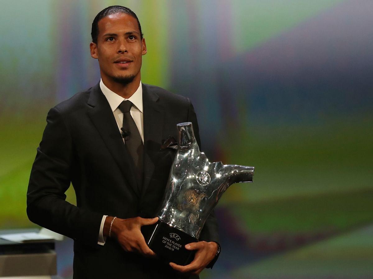மெஸ்ஸி, ரொனால்டோ இல்லை... UEFA-ன் சிறந்த வீரர் - விர்ஜைல் வேன் டைக்! யார் இவர்? #UCL #UEFAawards