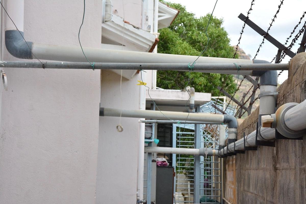 Rainwater saving pipes