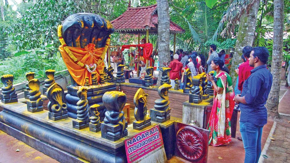 பத்திரகாளி அம்மன்