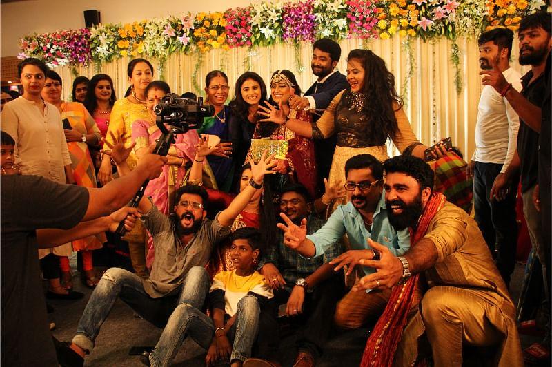 Raja Rani serial team
