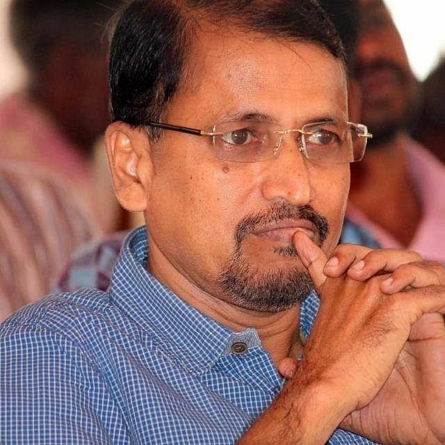 வெ.ஜீவகிரிதரன், உயர்நீதிமன்ற வழக்கறிஞர்.