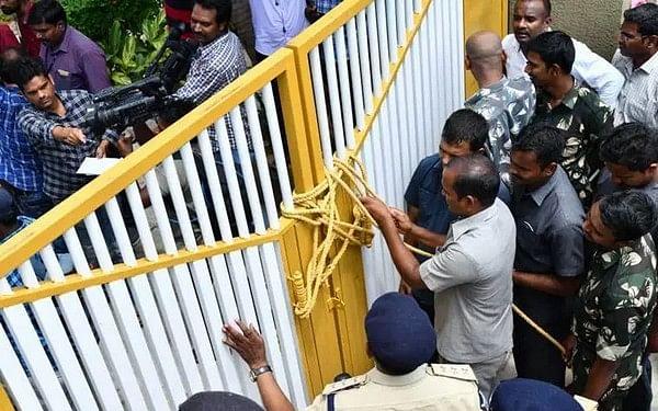 ஜெகன்மோகன் ரெட்டி vs சந்திரபாபு நாயுடு..! என்னதான் நடக்கிறது ஆந்திராவில்?!