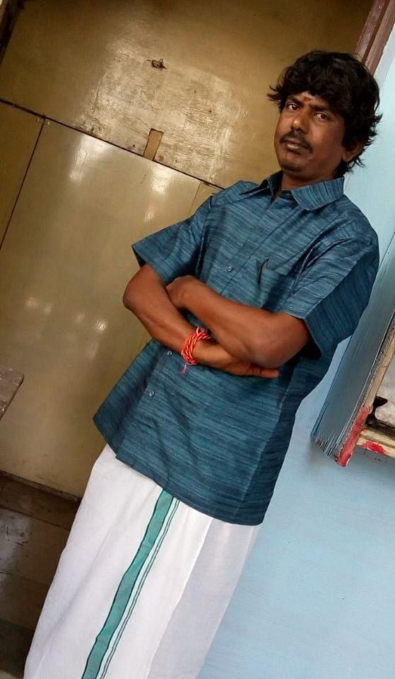 பாடலாசிரியர் முத்து விஜயன்