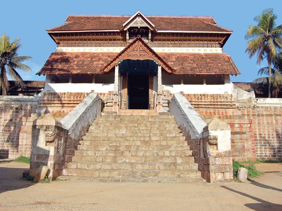 திருவட்டாறு ஆதிகேசவப் பெருமாள் கோயில்