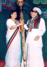 Jayalalithaa, MGR