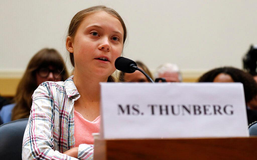 `அவர்களை கேட்கவைப்போம்!' - உலகத் தலைவர்களுக்கு 16 வயது சிறுமியின் அறைகூவல் #climatestrike