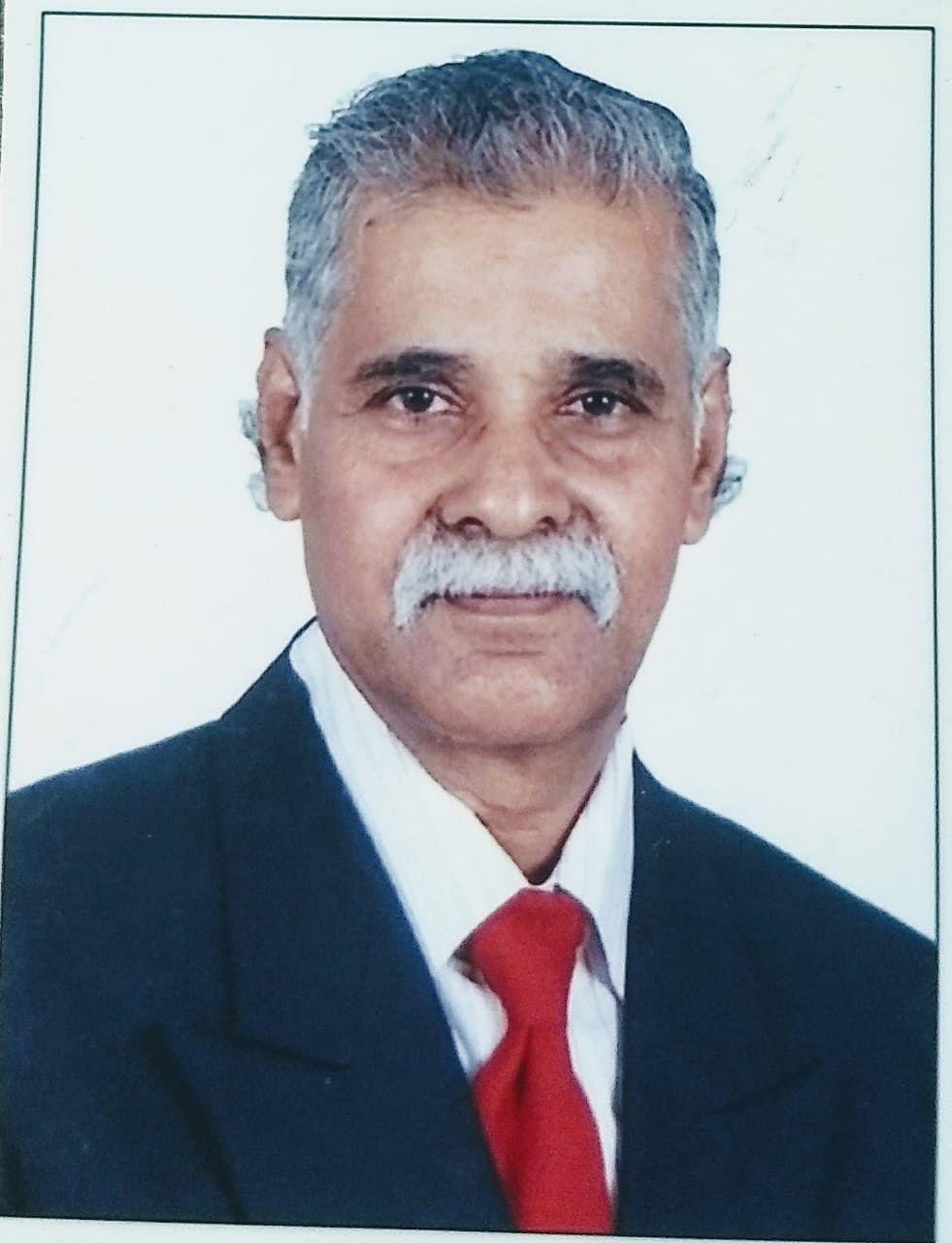 Dr.Kathikeyan