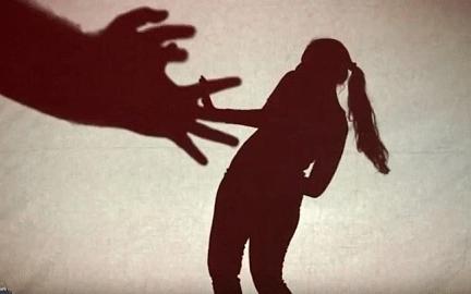 மும்பையில் 15 வயதுச் சிறுமியை மிரட்டி 29 பேர் கூட்டு சிறார் வதை; 26 பேர் கைது!