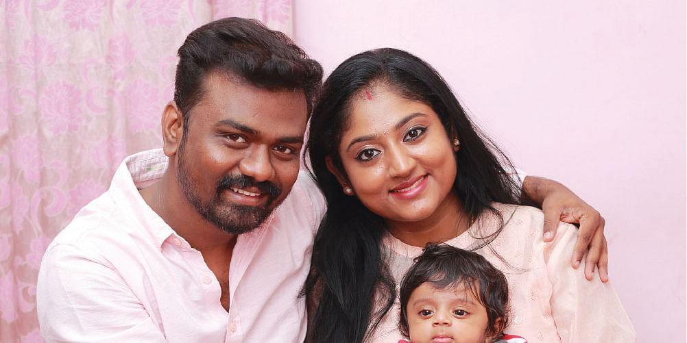 குடும்பத்துடன் இயக்குநர் ராஜ்குமார்