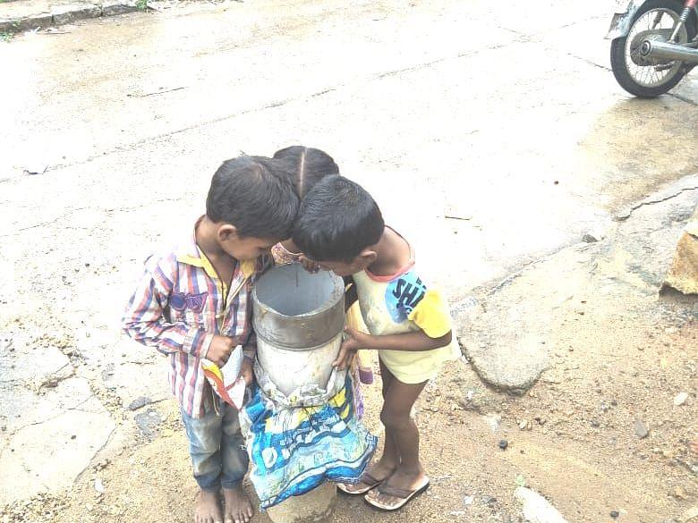 `அலட்சியமாக விடப்பட்டிருந்த 8,737 ஆழ்துளைக் கிணறுகள்!' -அதிரடி காட்டிய வேலூர் கலெக்டர்