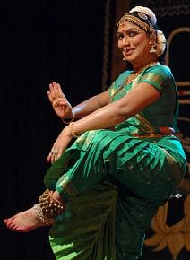 நாட்டியக் கலைஞர் நர்த்தகி