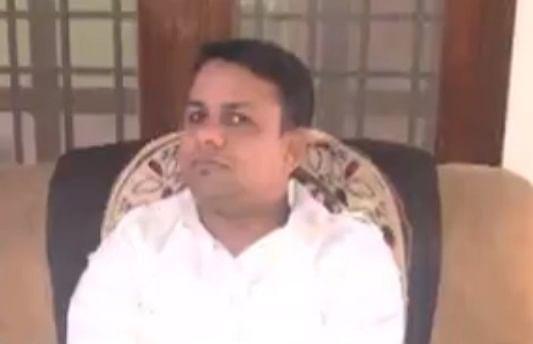 ஓனர் சலீம் கான்