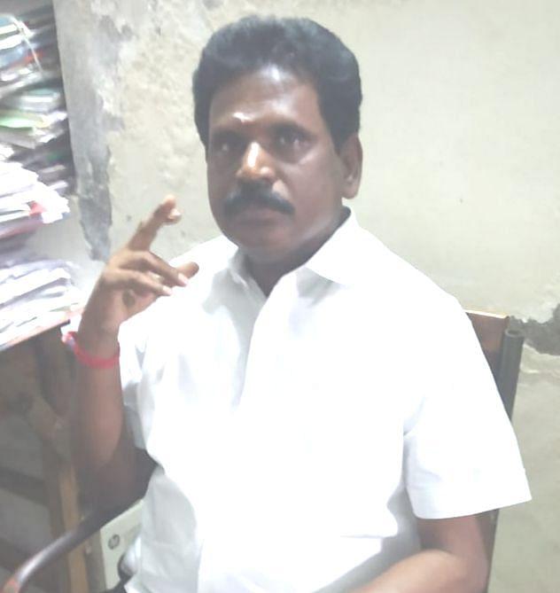 சார் பதிவாளர் தேவராஜ்