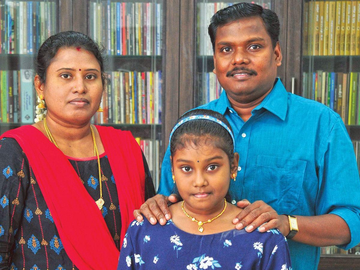 குடும்பத்துடன் யுகபாரதி