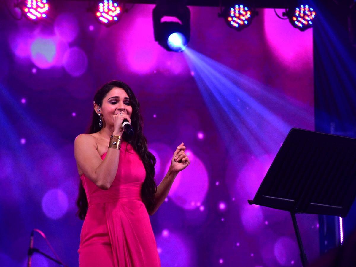 ஆண்ட்ரியா, சின்மயி குரலில் அதிர்ந்த சென்னை! - `மடைதிறந்து' இசை நிகழ்ச்சி #ChilliPepper