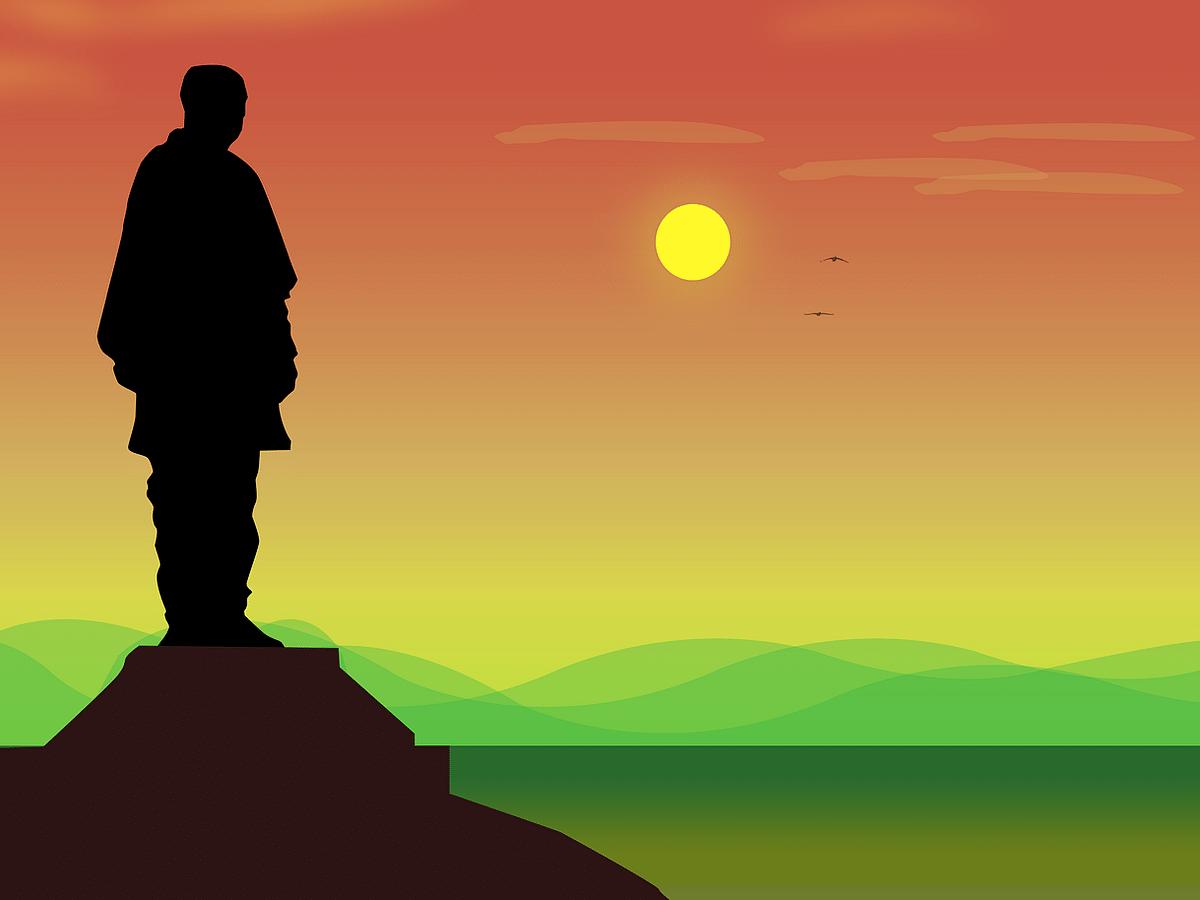 படேல் சிலை ஓராண்டு நிறைவு - தினமும் 15,000 பேர் எனும் இலக்கை எட்டியதா?