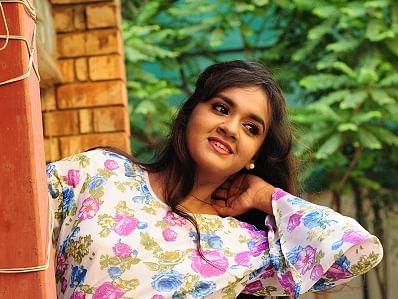 `என்னோட பிரச்னையைக் காது கொடுத்துக் கேட்டதே பெரிய விஷயம்!'- `அழகு' சீரியலில் மீண்டும் சஹானா