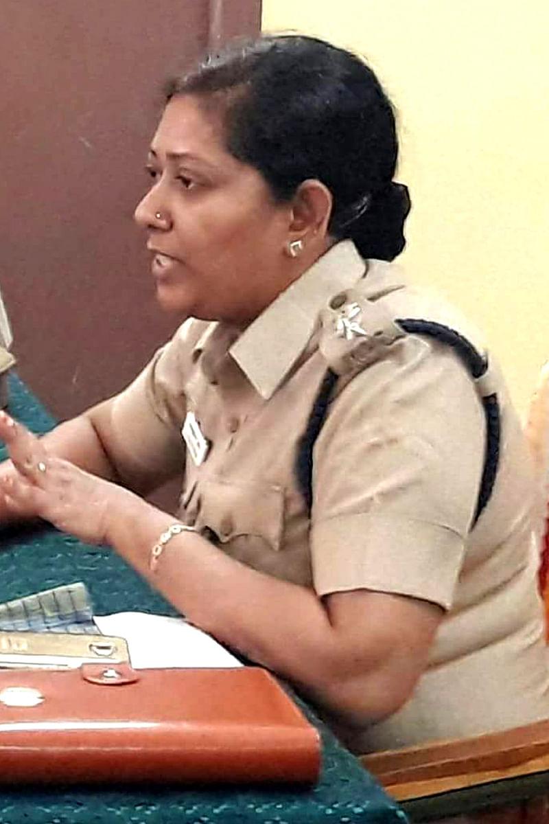 டி.எஸ்.பி ஜெரினா பேகம்