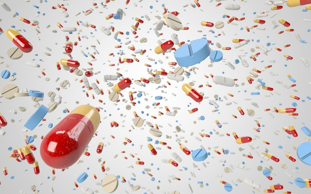 தினமும் ஆயிரக்கணக்கானோரைப் பலிவாங்கும் `சூப்பர் பக்'... தப்பிப்பது எப்படி?  #AntibioticResistance