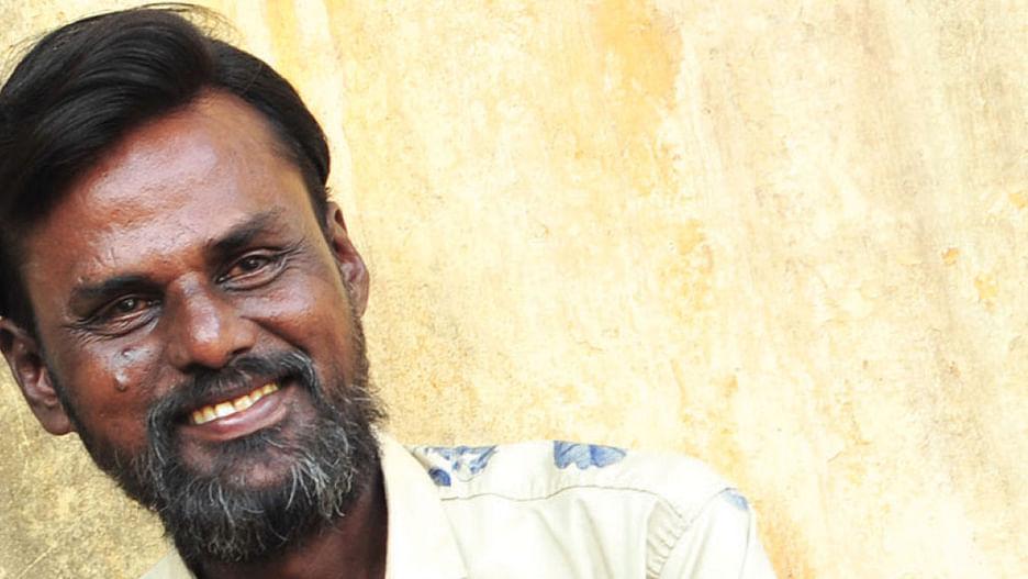 "Ananda Vikatan - 20 November 2019 - ""அன்புதான் வெற்றிடத்தை நிரப்புகிறது!""    Writer Francis Kiruba talks about his new book"