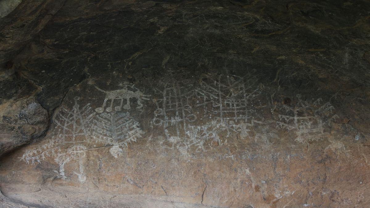 குமிட்டிப்பதி வரலாற்றுப் புராதனச் சின்னம்