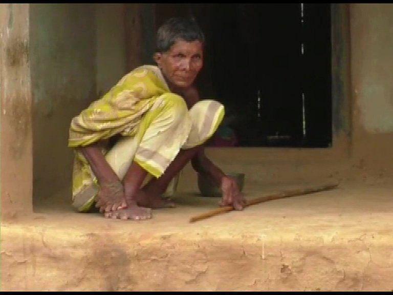 `மக்களின் அந்தப் பார்வையை எதிர்கொள்ள முடியவில்லை!'- நாயக் குமாரியின் வலி மிகுந்த வார்த்தைகள்