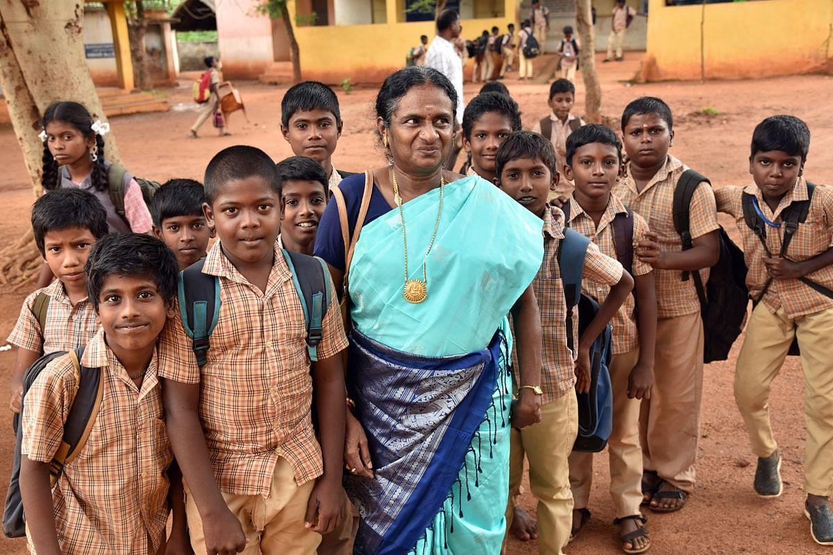 ஆசிரியை  ராஜசுலோச்சனா