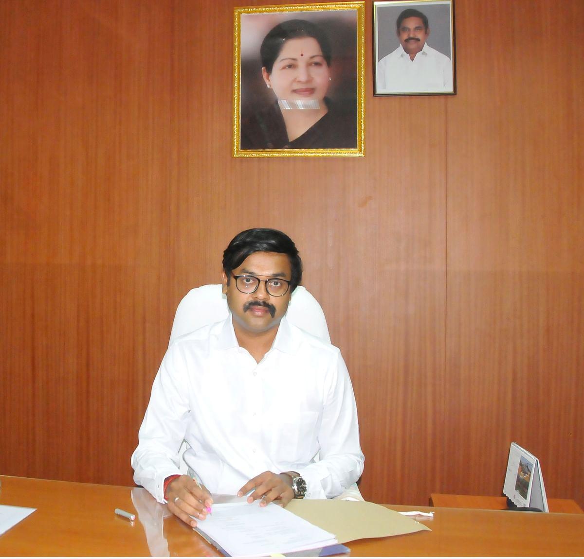 திருப்பூர் மாவட்ட ஆட்சியர் டாக்டர்.க. விஜயகார்த்திகேயன்