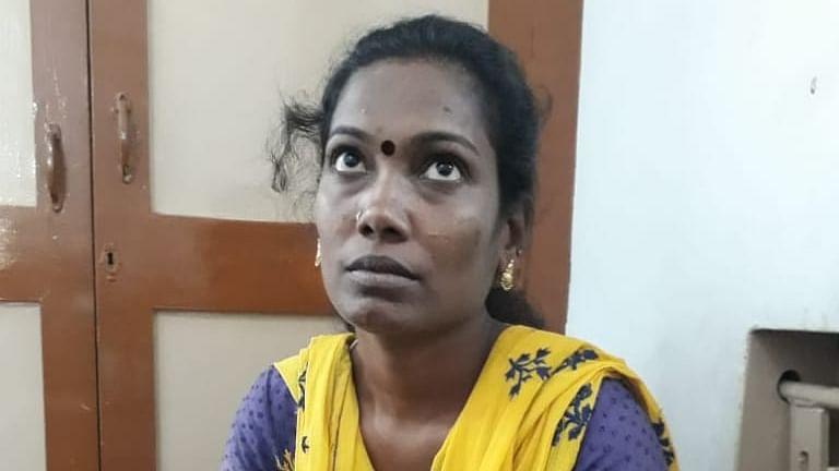 நண்பனின் மனைவி ஆஷா