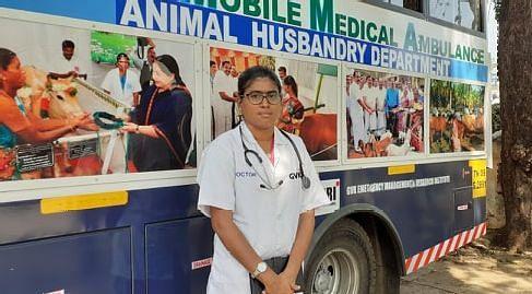 Dr.Nanthini