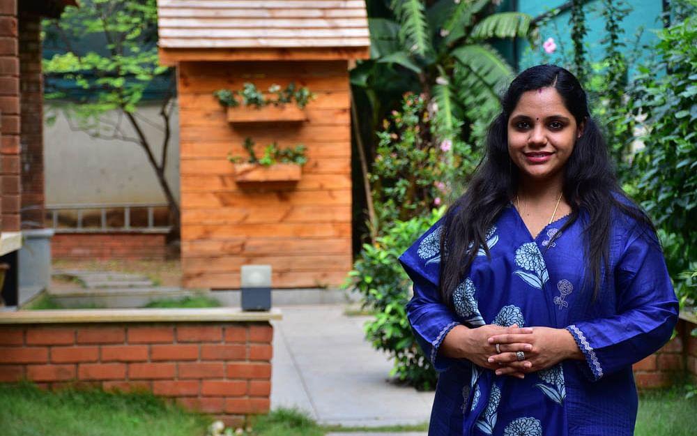 `` `நான் என்ன கரடியா, புலியா'னு தேத்தினார் ராஜா சார்!'' - சைந்தவி