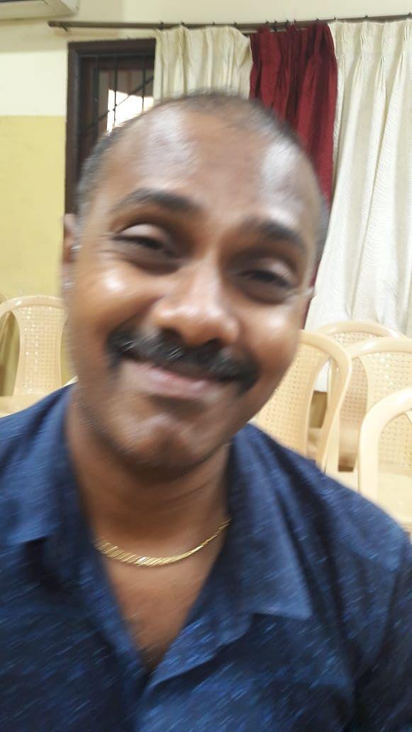 உதவி கணக்காளர் செந்தில்குமார்