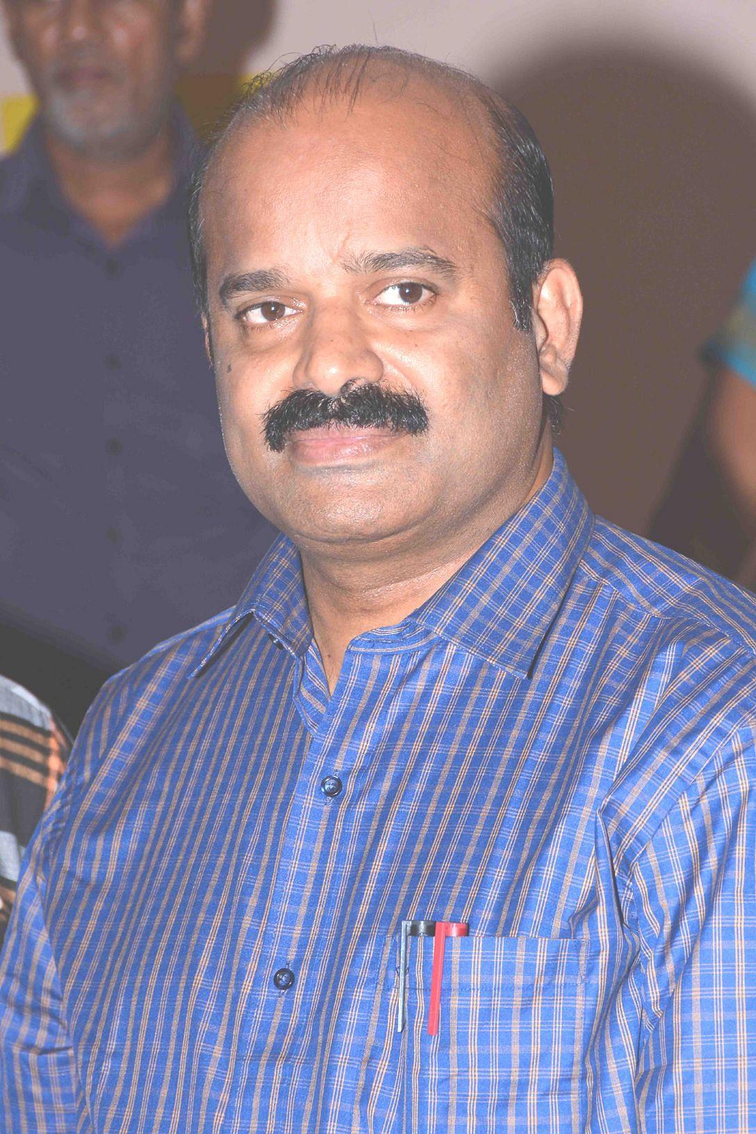 வேலூர் கலெக்டர் சண்முக சுந்தரம்