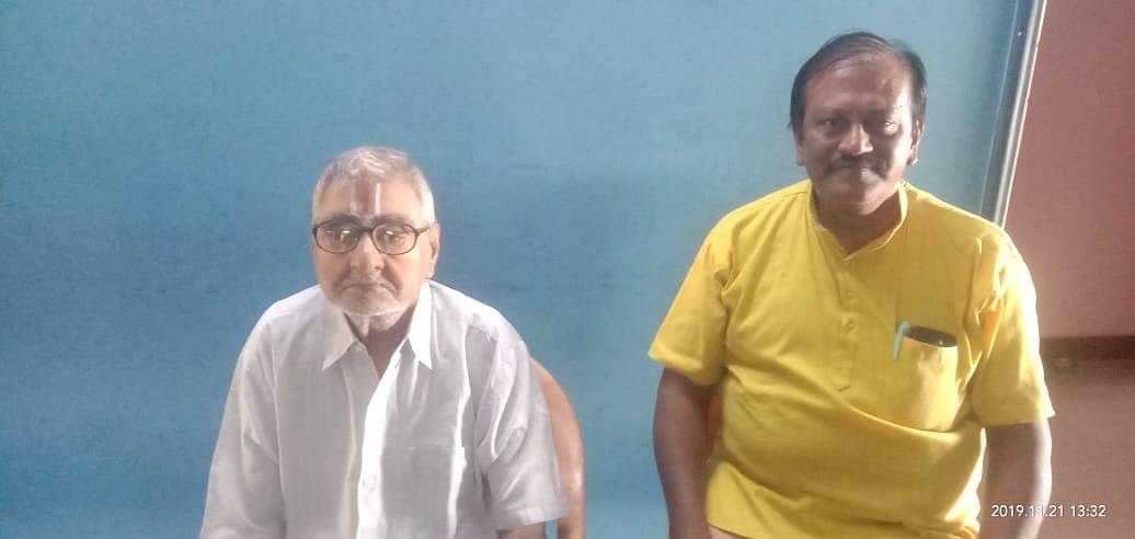 87 வயதாகும் ஆசிரியர் சக்கரபாணியுடன் ராமன்