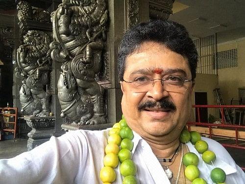 சென்னை: `சர்ச்சை வீடியோ!' - நடிகர் எஸ்.வி.சேகர் மீது இரண்டு பிரிவுகளில் வழக்கு