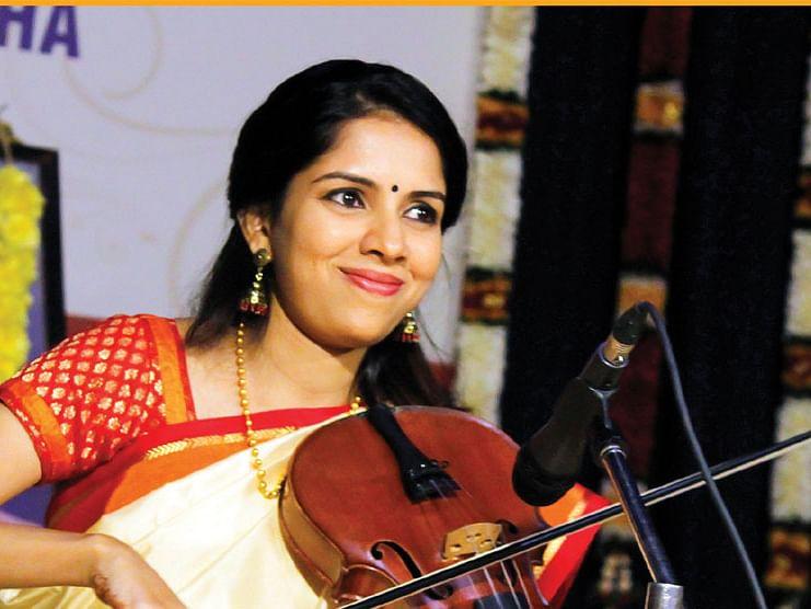 சாருமதி ரகுராமன்