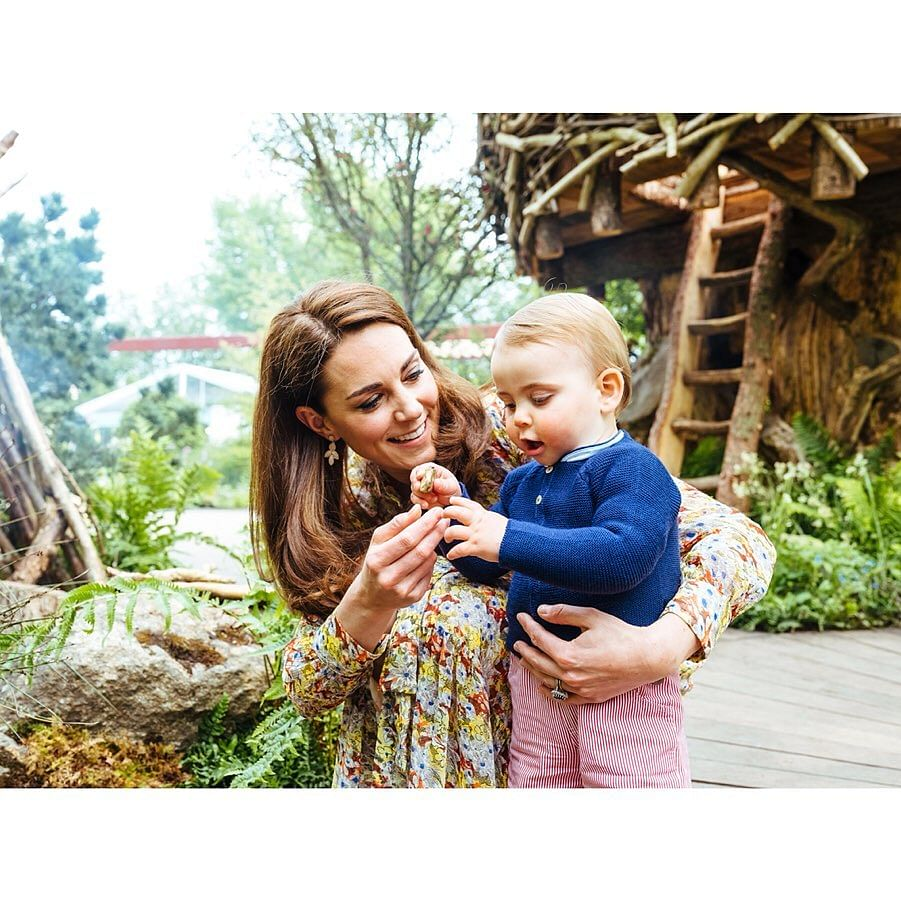 Kate Middleton with her son Louis
