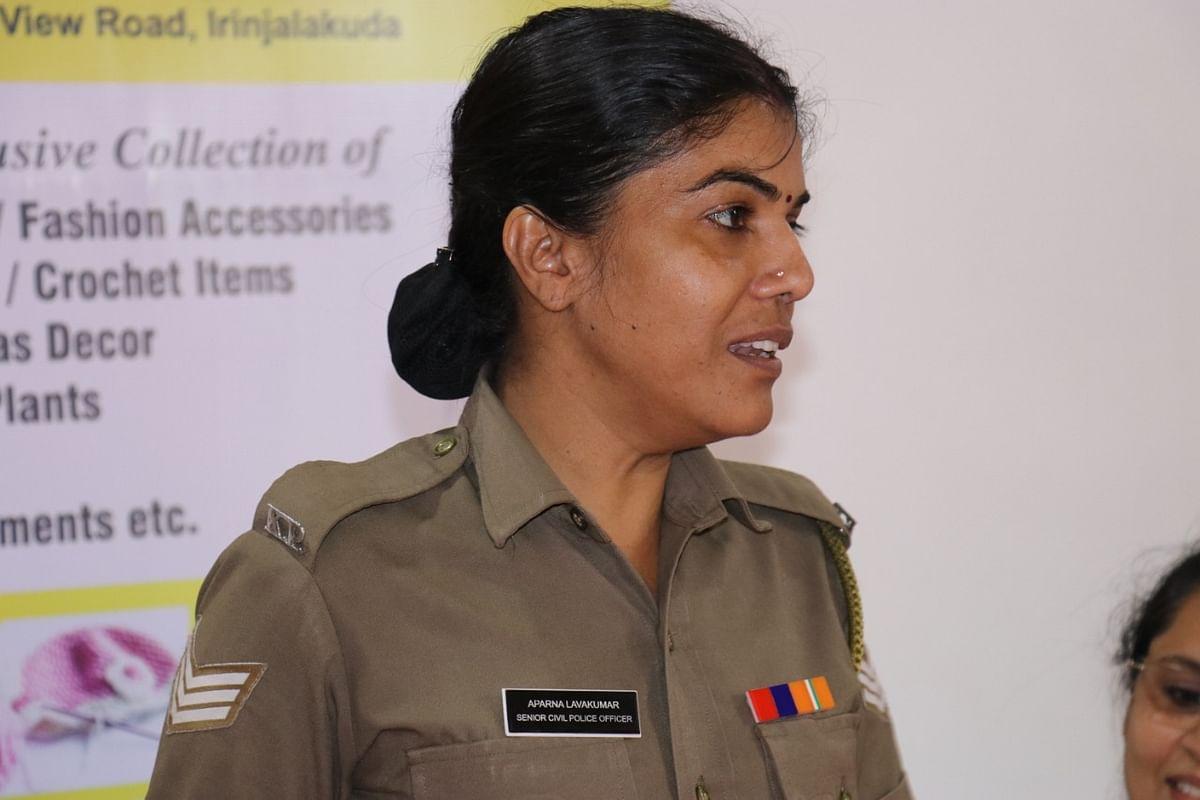 அபர்ணா லாவா குமார்