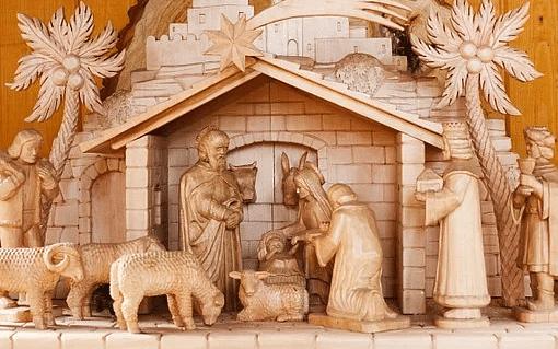 கிறிஸ்துமஸ் நன்னாளில் எல்லோரும் இறைமகனாய் உயர்வது எப்படி?