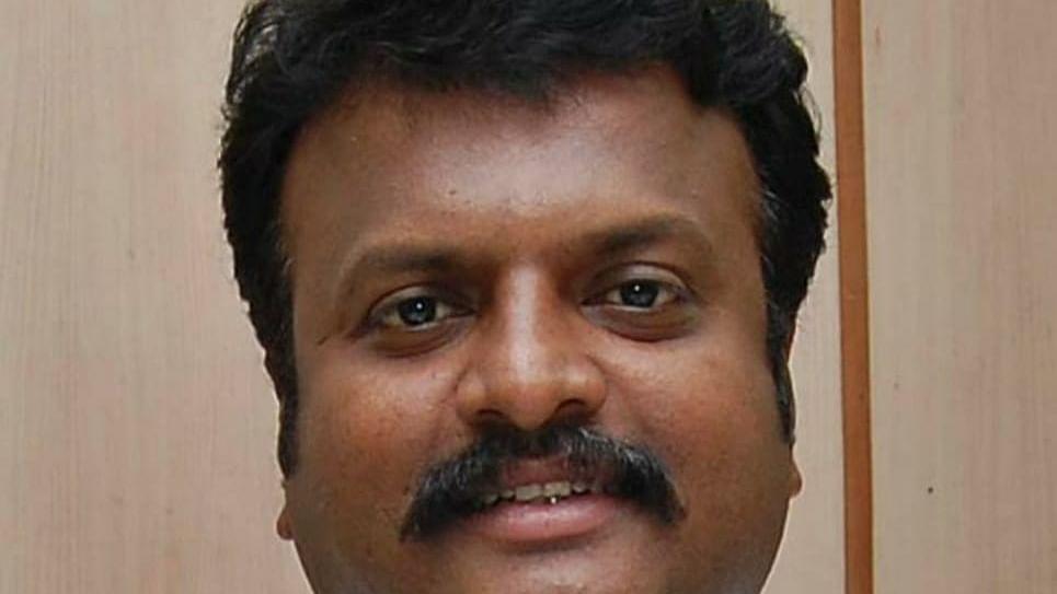 ஆணையர் சரவணகுமார்